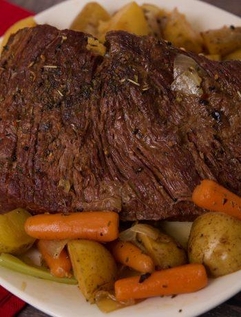 pot roast ready to serve