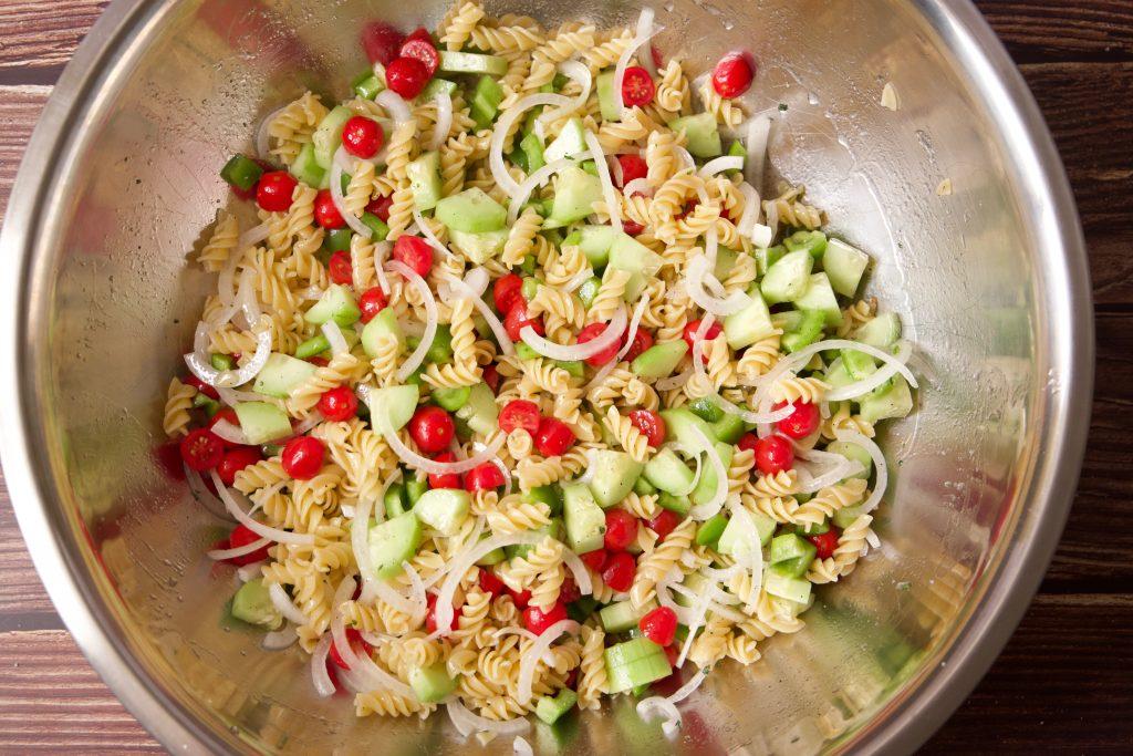 pasta salad mixed up