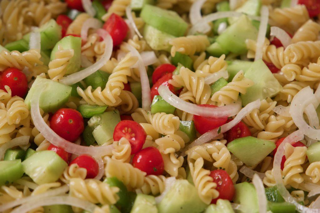 pasta salad ready to eat