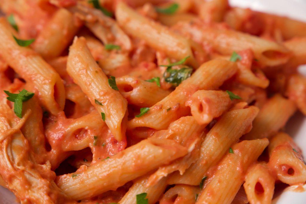 creamy chicken pasta ready to eat